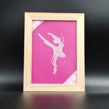 Cadre Danseuse en dentelle de papier