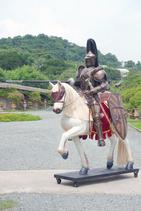 RI1987 Ritter auf Pferd Figur lebensgroß