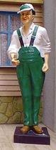 IAB006 Tankwart Figur lebensgroß