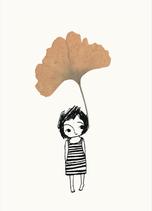 "Postkarte ""Ginkgo Mädchen"""