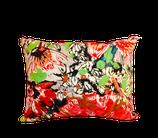 """Coussin Tissu d'éditeur Lalie Design """"Bouquet 100% coton et métis ancien teint en rouge tonique !"""