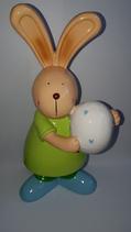 Blauer Hase mit Ei XL