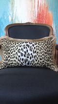 Leopard small mit Quaste 50cm x 30cm