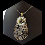 "Collier steampunk  - "" l'envol du dragon "" , fait main."