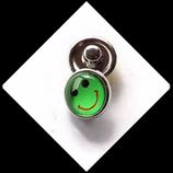 Bouton snap chunk visage souriant vert 12 mm cabochon verre. Réf : 1166
