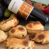 Combo Vino | 6 empanadas + fles wijn
