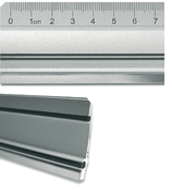 Aluminiumlineal mit Stahlkante