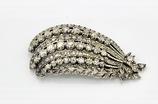 """Zilveren verenbroche """"Aigrette"""" haarsieraad bezet met roosgeslepen diamanten 3,0 ct."""