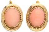 14 Karaat gouden oorbellen met lichtroze bloedkoraal.