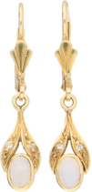 14 Karaat gouden oorbellen met opaal en diamantjes.