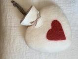 Wärmflasche Herz wollweiss