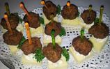 Käsespieß mit Hackbällchen