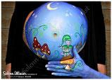 femme enceinte ventre belly painting solenn minier champignon lutin leprechaun lune étoile bleu