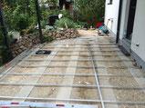 Bambus WPC Anthrazit Terrasse Alu UK auf Streifenfundament