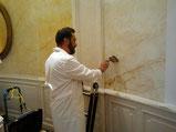 Pintores Barcelona ofrece servicios en pintura de imitaciones