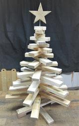 --STOR-- Mittlerer Weinachtsbaum aus Palettenholz