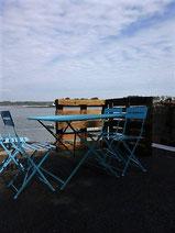 table dégustation huîtres à la Pointe du Guern