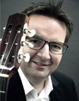 Michael Vochezer  – Gitarre, E-Gitarre