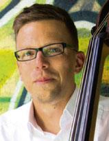Markus Wagner – E-Bass, Kontrabass, E- Gitarre & Gitarre, Rock-Band