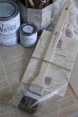Pinceau radiateurs - 5 cm de la gamme Jeanne d'Arc living pour l'application de la Vintage Paint et de la cire.
