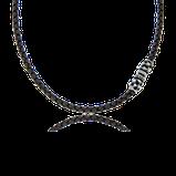 Schwarzes Ledercollier mit Verschluss in Silber aus der Mikrokosmos Kollektion der Goldschmiede OBSESSION