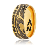 Konvexer Ring mit Karten-Motiv in Gelbgold aus der Schatzkarten Kollektion von der Goldschmiede OBSESSION aus Wetzikon und Zürich