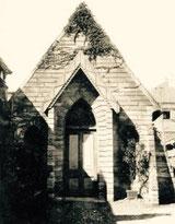石の小会堂(1868年11月献堂)