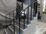 目黒区賃貸マンション 階段完了です