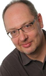 Zahnarzt Hans-Georg Stromeyer, Ulm,  informiert zum Thema Implantate