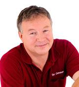 Zahnarzt Dr. Bernd Common, Ötisheim,  informiert zum Thema Implantate