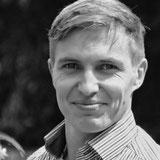Paul Weigel, Einkauf und Marketing, Läufer, Windsurfer, Kampfsportler