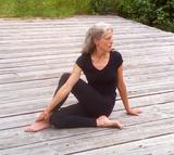 Halbmond Yoga Petra Himmel Feldkirch Rankweil Wildhaus