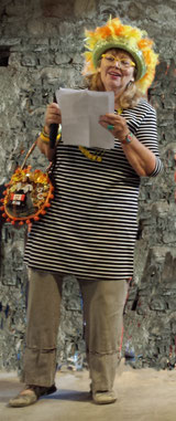 Marthe Pellegrino lisant son discours