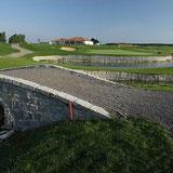 Loch 9 A-Course mit Clubheim © Golf Valley München