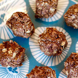 Almond Pistachio Cocoa Bites