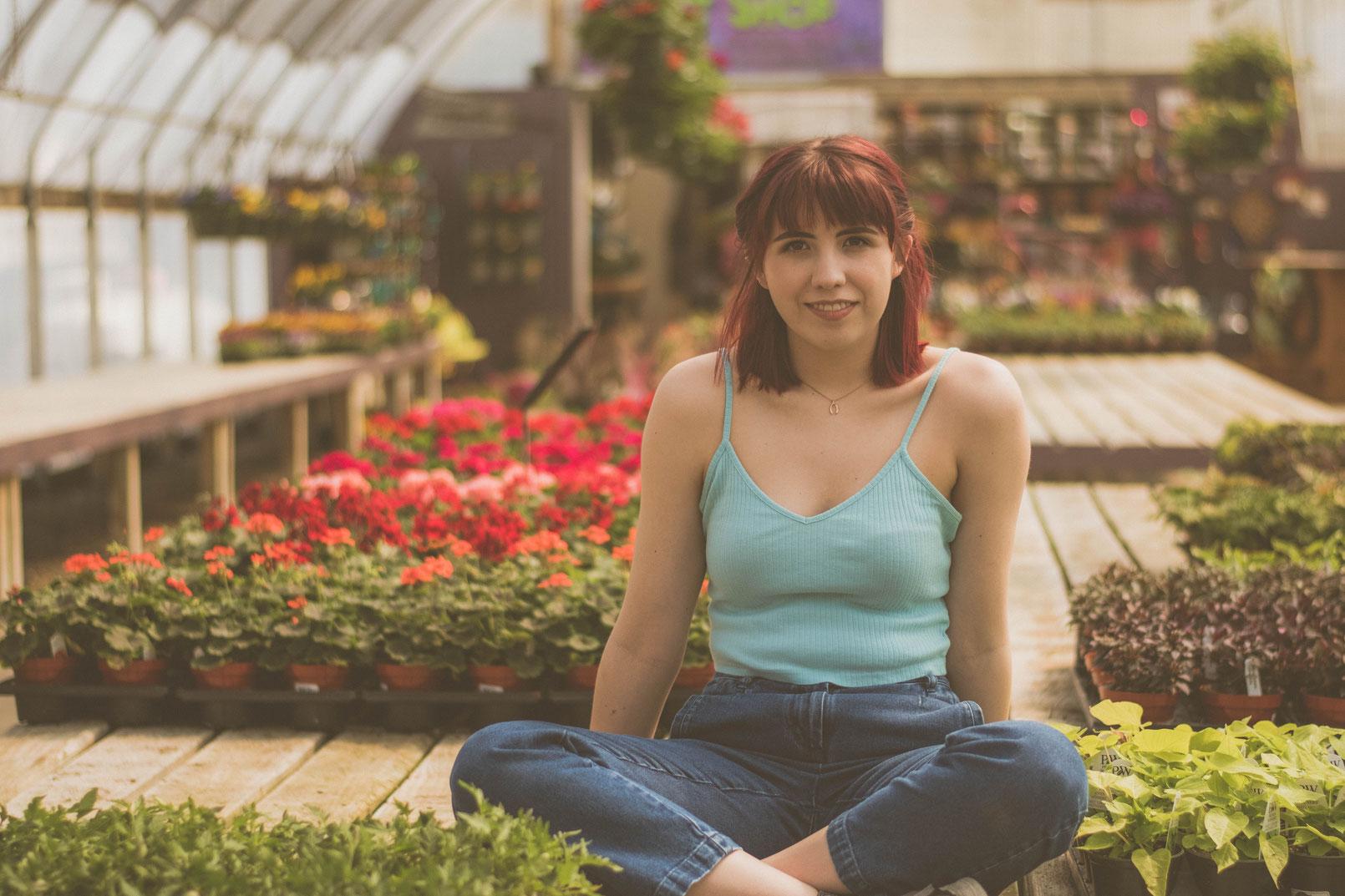 """ZIMMERPFLANZEN VERMEHREN - Mit unseren """"7 Tipps für Anfänger zum Vermehren von Zimmerpflanzen"""" hast du bereits die Grundlagen gelernt. Nun geht es ans """"Eingemachte""""! Du kannst damit beginnen, dir neue Pflanzen zu ziehen."""
