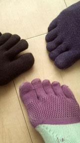 五本ユビ靴下はマストアイテム。