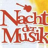 Olles Leiwand, die Austropop Band aus Freilassing bei der Nacht der Musik in Trostberg