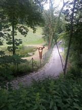 Sie steht jetzt am Fuße des Weinberges am Rainberg.