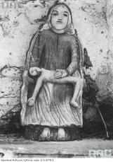 Piorunka-figura-w-kapliczce