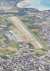 跡地に新八重山病院の移転新築が予定されている旧石垣空港=2013年撮影(共同)