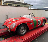 Alter Triumph Sportwagen. Von diesem Exemplar gibt es nur wenige auf der Welt.