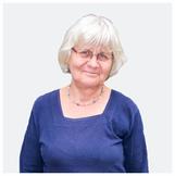 Irmela Mensah - Schramm - seit über  Jahren Friedensaktivistin