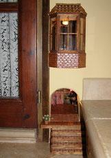 Caseta  Ratolí a les escales de casa