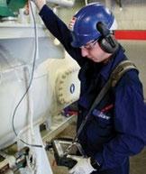 Schwingungsmessung vor Ort in der Industrie