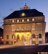 Deutsches Uhrenmuseum Glashütte - Das Bild  mit Video hinterlegt