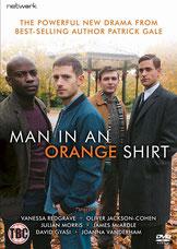 El Hombre de la camisa naranja