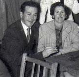 Juan de Garay e  Lourdes.