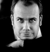 Christian Eisert leitet den Online-Kurs Humorvoll kommunizieren in Krisenzeiten