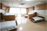 コスモスフロア4人室(1番地)